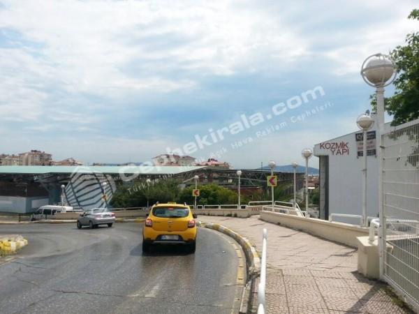 İstanbul Ümraniye Alemdağ Caddesinde Kiralık Reklam Cephesi
